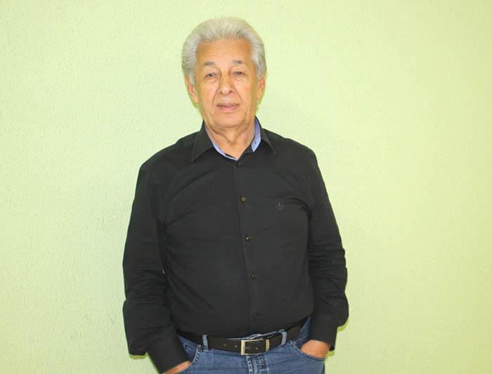 José Araújo, o China - presidente da Unicam