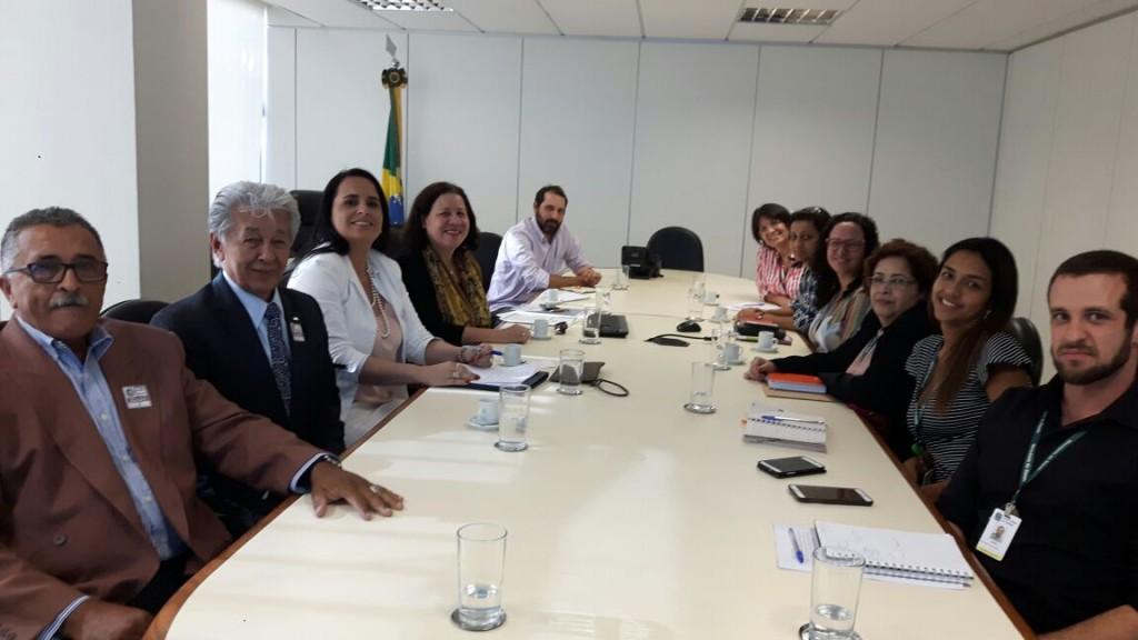 Unicam se reuniu com o Ministério da Saúde