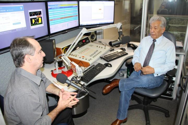 Presidente da Unicam concede entrevista a programa de rádio mantido pela CCR