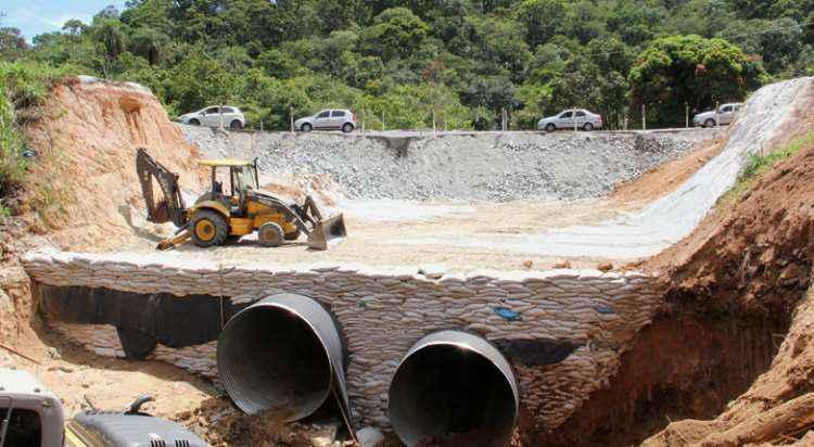 Obras tiveram início na última semana em Ribeirão das Neves (foto: Mércia Lemos)