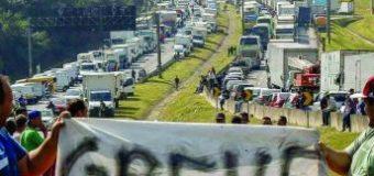 Caminhoneiros de GO ameaçam bloquear estradas na próxima semana
